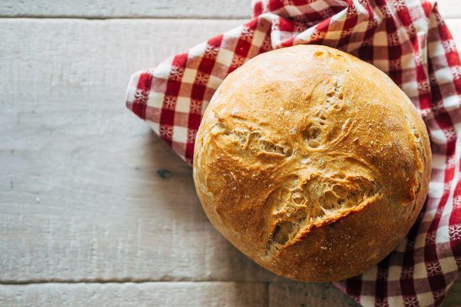 baking a bread... Baking Baking Bread Artisanbread EyeEm Best Shots Foodblogger Foodphotography Food http://immer-wieder-sonntag.blogspot.de/ The Foodie - 2015 EyeEm Awards