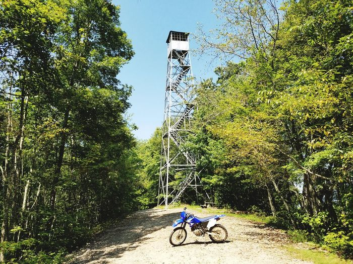 Fire tower in Tennessee Outdoors Nature Forest Adventure Nature Photography Firetower Motorcycle Offroad Adventure Firetowershots Yamaha Dirtbike Dirtbikelife Dirtbike Adventure Enduro Mountains Lost In The Landscape Perspectives On Nature