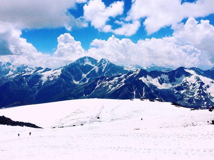 Mountain Snow Cold Temperature Winter Season  Tranquil Scene White Color Scenics Beauty In Nature Weather Sky Tranquility Snowcapped Mountain Landscape Nature Cloud - Sky Tourism Non-urban Scene Majestic