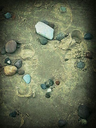 На песочных тропинках далёких..