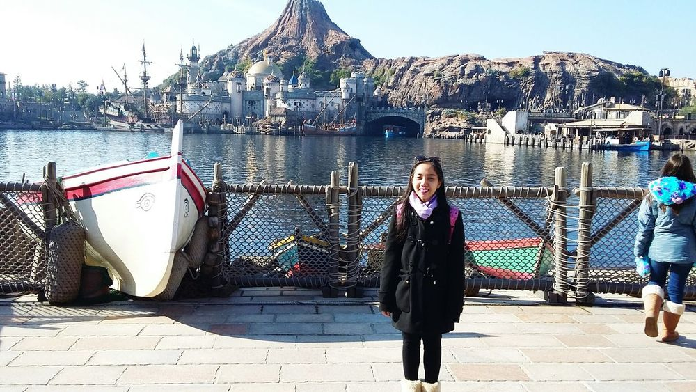Throwback DECEMBER2015 January2016 DisneySea Tokyo Japan Tokyo Disney Sea EyeEmJapan Asian Girl Indonesian