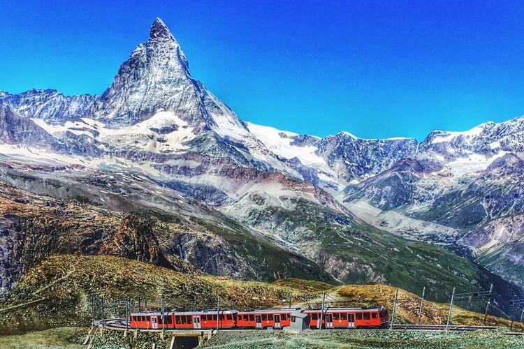 Matterhorn  Schweiz Schweizer Alpen Bergbahn Train Mountains Fresh On Eyeem