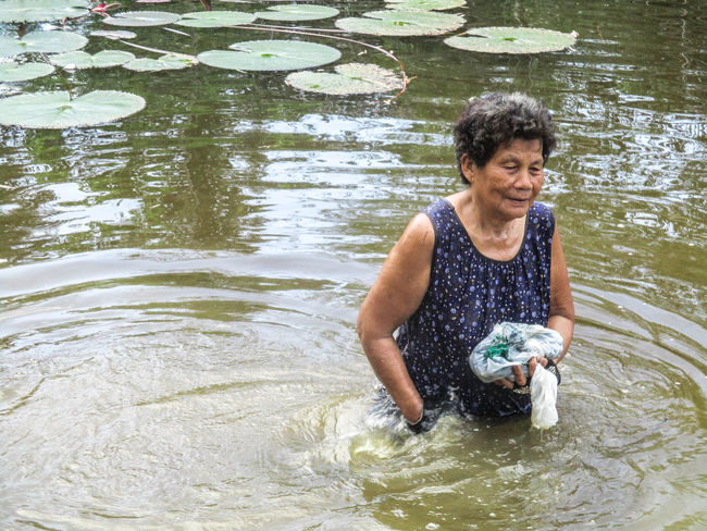 Water Happiness People Nature Smiling Black Background Photograph Photoart Photographing Beauty In Nature Farmer Happy Lifestyles Thailand🇹🇭