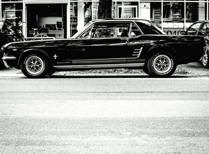 Asundaycarpic ... American Car Ford Ford Mustang Car Old Car Historical Car Oldtimer Legendary Car Mustang Blackandwhite Black And White Photography Streetphotography Streetphoto_bw Hamburg Streetphotography Street Monochrome EyeEm Best Shots - Black + White Open Edit Eye4black&white  Schwarzweiß Hamburg EyeEm Germany Check This Out Taking Photos