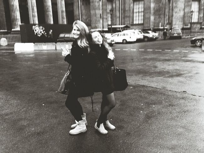 ma Estonian homie Taking Photos Friends Girls Hanging Out