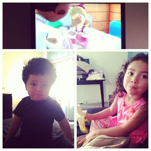 i love sunday mornings with my babies☀?? Bananas Docmcstuffins