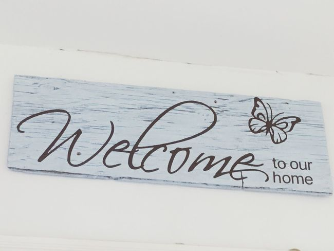 My new welcomming sign 😊 Homemade Text White Background Welcome Indoors  Old Tree Piece I Made It  To Our Home My Style Sweet Doorsign