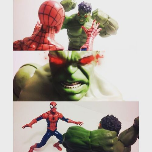 "Spiderman-""Woah woah,you alright big guy!"" Hulk-""Arghh..hulk .smash bug man!!!"" Spiderman-""Oh boy"" Marvellegends Mcu BruceBanner Marvelentertainment Petetparker Articulatedcomicbook Infiniteseries Actionfigurephotography Actionfigures Figurecollection Collection Collector Figures Theincrediblehulk Hulk Theavengers Avengers Nerd Amazingspiderman Spiderman Toys4life Webhead Webslinger Spidey Comics tcb_flyupandaway hasbro disney toyslagram"