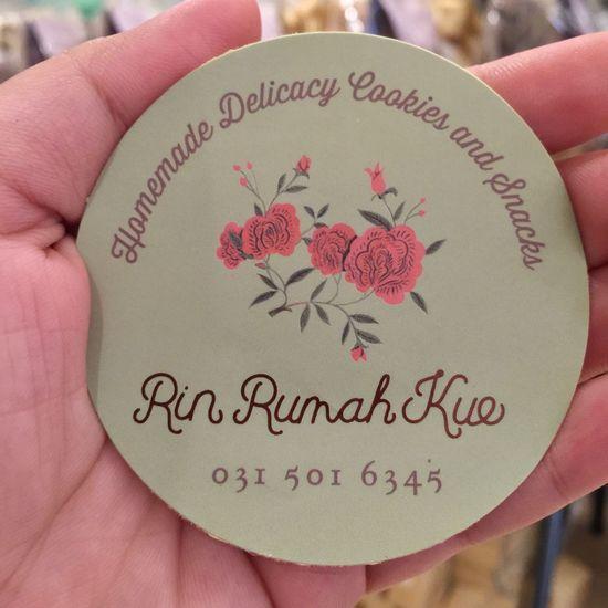 Sticker kue kering (2016) 😊 Handholding Stickerkuekering Rinrumahkue