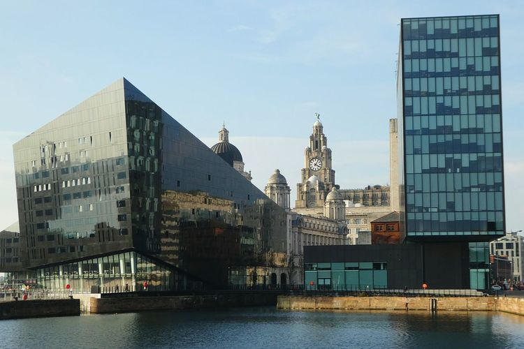 Liverpool Cityscape Architecture Old Meets New Water Building Exterior City Modern Glass Reflections Built Structure River Outdoors Skyscraper Urban Skyline Cityscape Reflectio