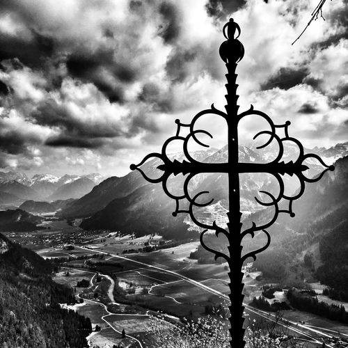 Mountain Cloud - Sky Sky Outdoors Nature Day No People Scenics Mountain Range Beauty In Nature Architecture Close-up Blackandwhite Black & White Black And White Photography Black&white Blackandwhitephotography Alps Allgäu View From Above Falkenstein in Richtung Vilstal Tirol  Black And White Friday