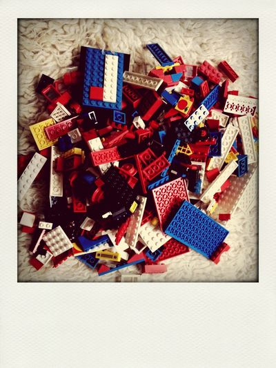 LEGO Flokati Rug 70's child: just lego on a flokati