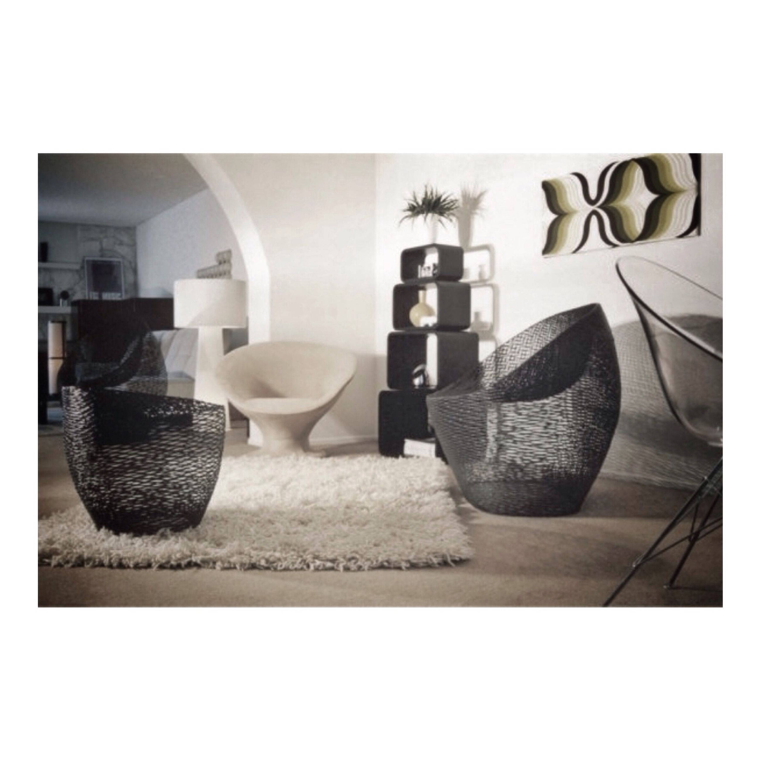 transfer print, auto post production filter, indoors, table, still life, empty, absence, chair, no people, arrangement, group of objects, large group of objects, close-up, reflection, in a row, day, side by side, book, home interior, wall - building feature