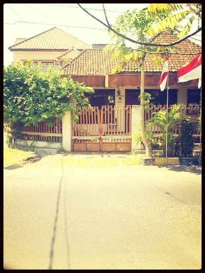 My neighborhood house.. ^_^