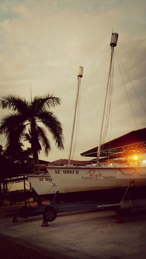 Seriousleecountingblessings Sunset Yacht