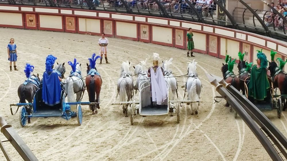 August Horses Race Sport Roman Empire Stadium Spectacle Puy Du Fou