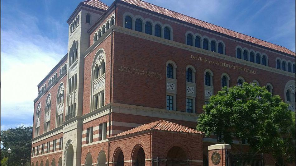 Drvernaandpeterdautrivehall USC  School School Campus Trees Architecture Arch Design