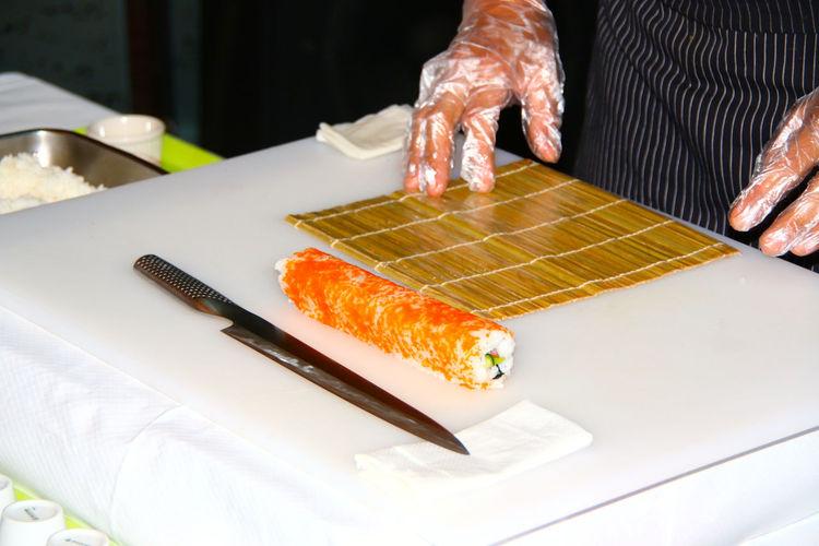 Sushi Make Sushi Sushi Machen Hands At Work Food Fish Fisch