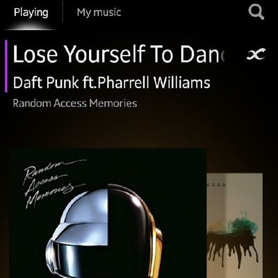 Best thing to happen in music industry - Daft Punk ♥♥♥♥ Daftpunk  Pharrellwilliams Randomaccessmemories Loseyourselftomusic insane music loveit addicted beats france instamusic nowplaying igers statigram