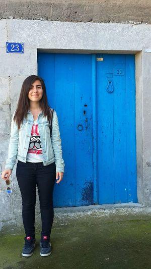 Gözümün açık olduğu nadir fotoğraflardan biri :) Blue Old Buildings Great Weather Great Weekend