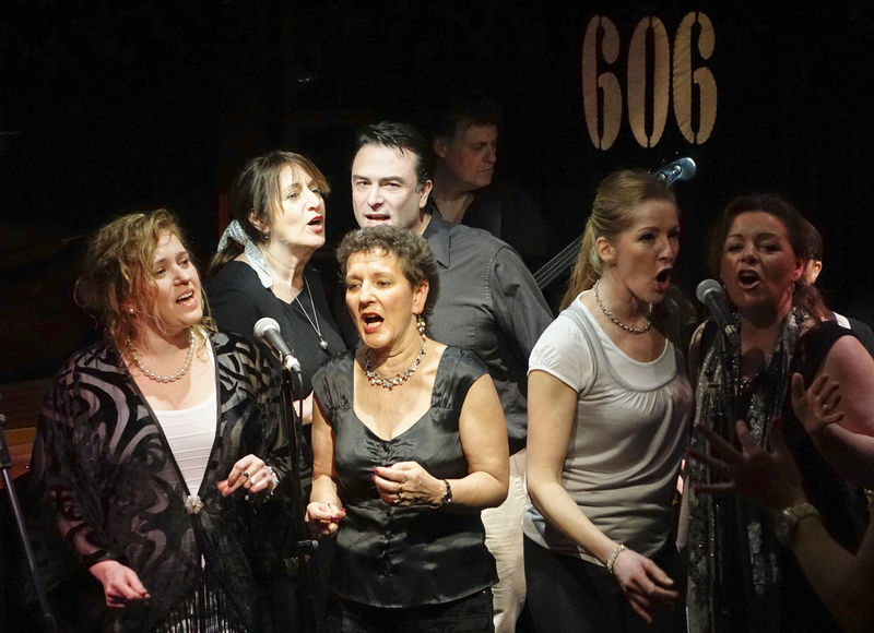Godalming Community Gospel Choir performing at the 606 Jazz Club in Chelsea, London. 606 Jazz Club Chelsea Choir  England England, UK England🇬🇧 Godalming Godalming Community Gospel Choir Gospel Gospel Choir Gospel Music Gospel Show Gospelmusic London Londonlife LONDON❤