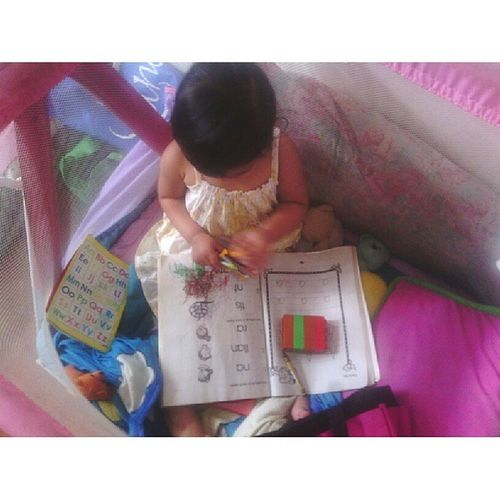 Thanks to her Auntie Michelle, Elisha can practice her coloring skills :) yay! Smartbaby ElishaMargaux Rjdelrosario