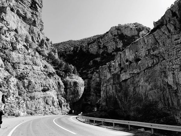 Road Transportation Mountain Clear Sky Nature No People Mountain Road Scenics Beauty In Nature Road Sign Relaxing Nature Hello World Physical Geography EyeEm Nature Lover Artvin Ardanuç Black & White EyeEm Best Shots Blackandwhite EyeEm Gallery