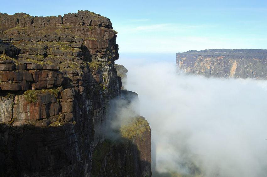 Mount Roraima - Venezuela Canaima Table Mountain Venezuela Cliff Geology Rock Formation Roraima Tepuy