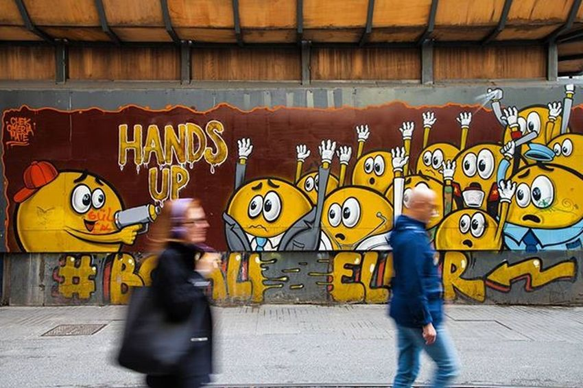 Sokaksanatı Streetart Handup Graffiti Boyalieller Istiklalcaddesi Istiklal Istanbul Photography