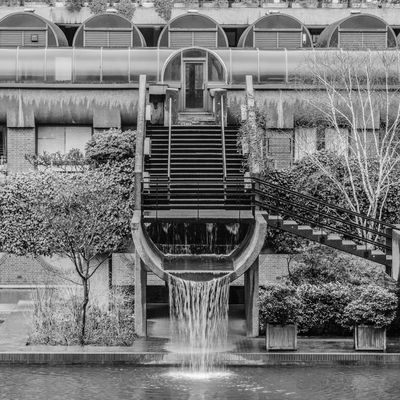 Barbican Architecture Exterior Façade Fountain London Nature Tree Brutal_architecture Brutalism Brutalist Architecture Buidling Concrete Sosbrutalism Water