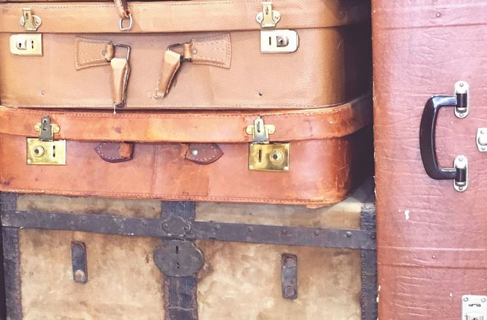 Vintage Suitcases Stacked horizontal No People Still Life OpenEdit Non-urban Scene Our Best Pics Abstractart Accessoires Travel Tranquil Scene Leather Locks Handles Perfect Composition Shades