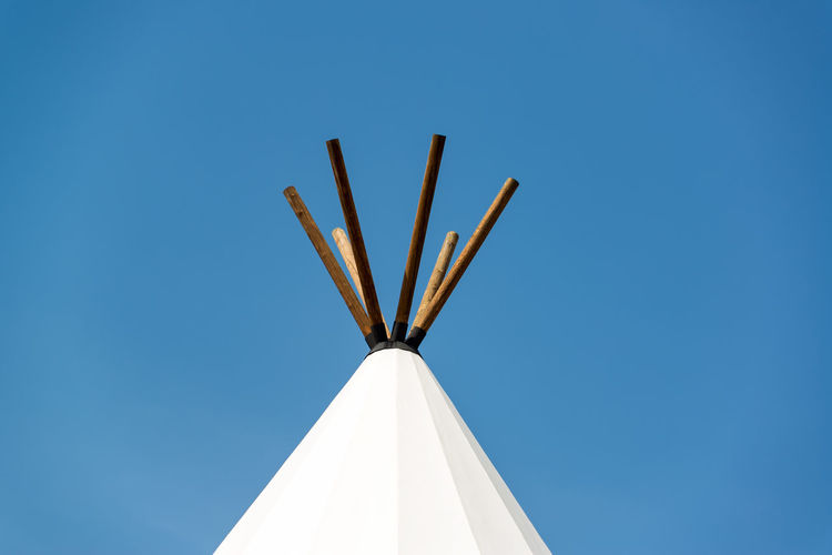 Top of a teepee with a blue sky near Beulah, Wyoming Beulah Blue Blue Sky Buffalo Jump Sky Teepee Tepee Tipi USA Vore Buffalo Jump White Wyoming