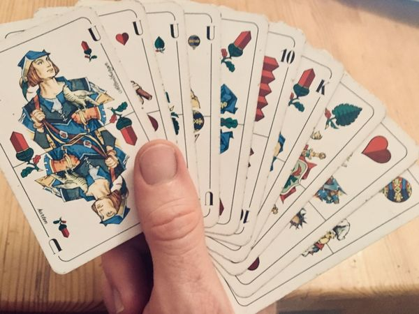 Grand ouvert Cards Game Oak Cards Game Altenburg Skat Human Hand Hand Human Body Part One Person Leisure Activity Real People Leisure Games Body Part Human Finger Holding Playing Luck Multi Colored Table Finger