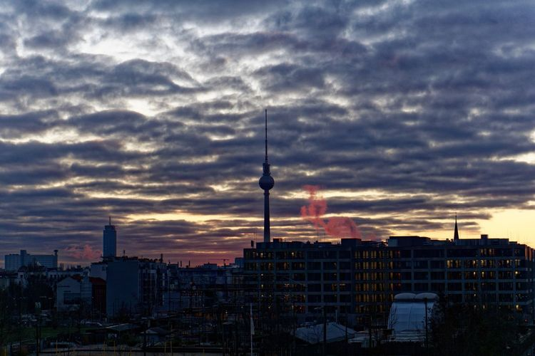 Berlin Berlin Mitte Fernsehturm Fernsehturm Berlin  Berlin TV Tower City Cityscape Fernsehturmberlin Modern Sky Storm Cloud Sunset Television Tower Tower Urban Skyline
