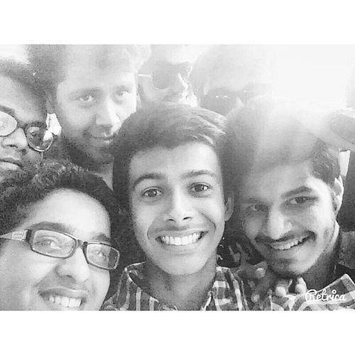 The super friend selfie. :P Crazytimes GoodTimes Friends Throwback Fun