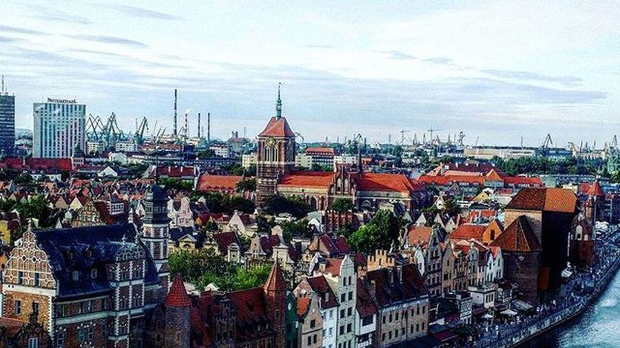 Polen 📷 Polen Gdansk Beautiful Photo Excellent Color Lookgood City Stad WOW Snyggt Vackert Perfekt Farger Wounderful Gothenburg_photographer_ Tagsforlikes