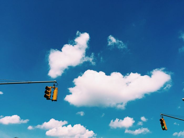 Brooklyn City Cloud - Sky EyeEm In NYC 2015 Low Angle View New York NYC Outdoors Sky Traffic Lights Urban