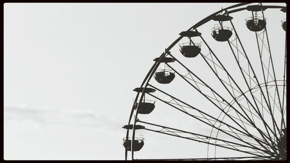 Blackandwhite Monochrome Bigwheel Simplicity