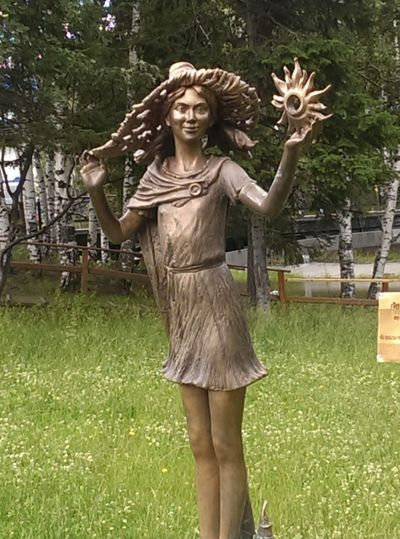 Парк в г.Ханты-Мансийск. Фея Fairy Sculpture Park My Town Siberia мойгород сибирь скульптура