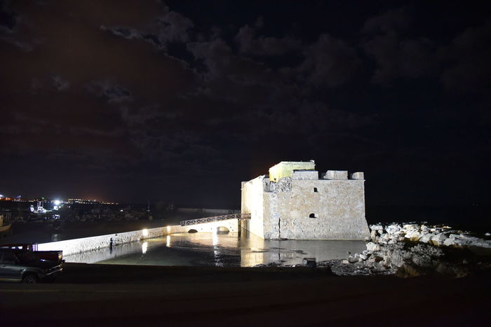 Cyprus Nachtaufnahme Nachthimmel, Paphos Paphos Castle Architecture Building Exterior Built Structure Castle Fort History Illuminated Night No People Outdoors Sky Travel Destinations Water Zypern