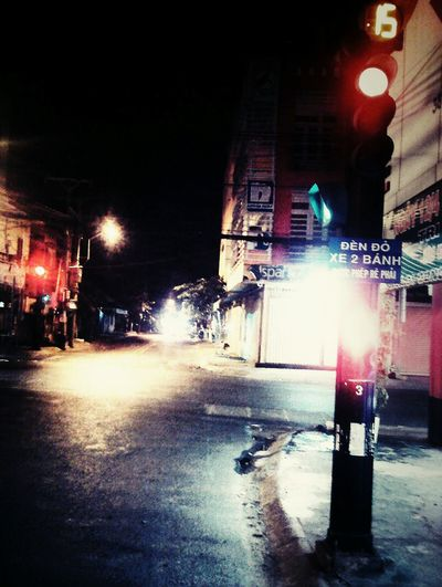 Streetphotography Life's Simple Pleasures... Bentre,vietnam Bymyphone Viet Nam Night Welcome To Black Streetlights