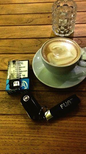 Buyrun kahve içmeye haydee :)