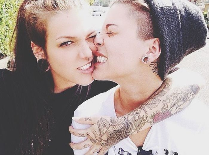 Lesbians Smoking Weed Pretty Girl Dope Girl. !!! Tumblr Ecarteur Androgynous Love Couple