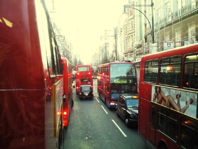 A direção britânica. #byandrearochael Transportation Mode Of Transport Public Transportation Red Built Structure Architecture Land Vehicle