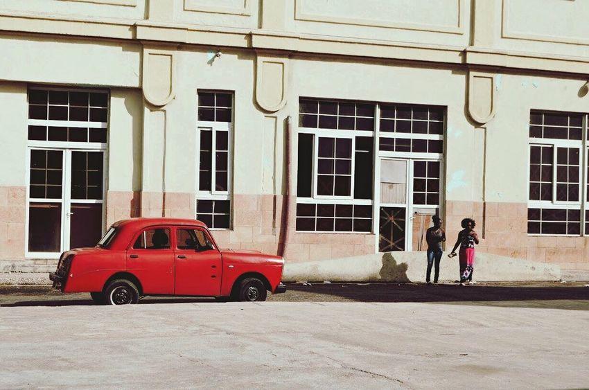 Cubanlife Cuba Collection Travel Cuba Streetphotography Street Photography Cuban People Habana Havana Cuba Streets Streetsofcuba The Street Photographer - 2017 EyeEm Awards Been There. Old Car Edelweiss