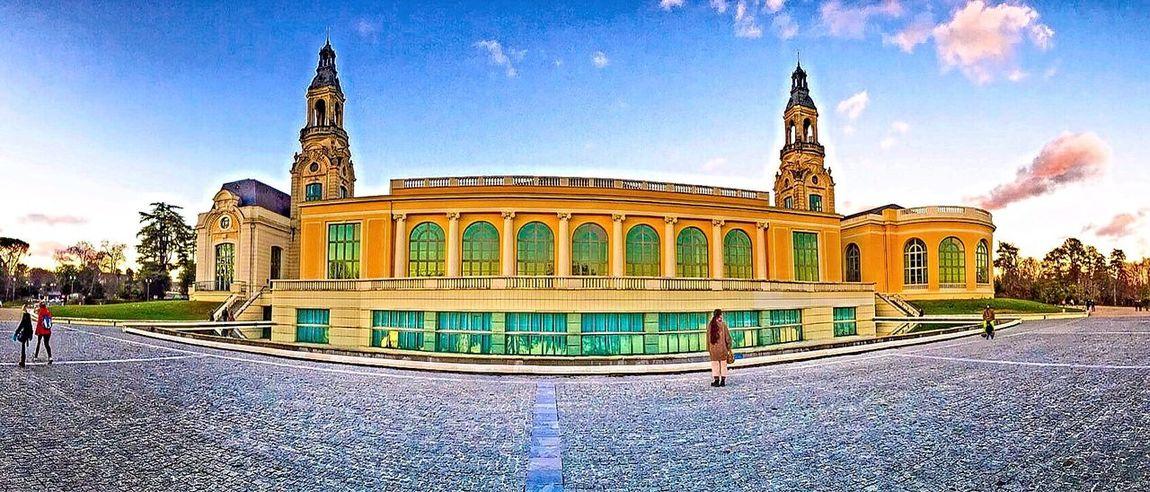 Palais des congrès de Pau #palais #city #colors