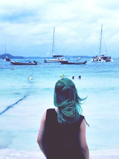 💚💙💛I made my hair to green from pink✌Tailand Phuket Relaxing That's Me! Travel Color Photography Clouds And Sky Sea Light And Shadow Traveling An Eye For Travel