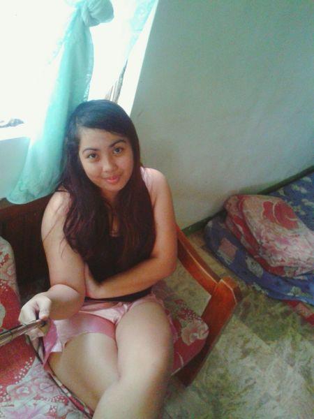 Missing my long hair. Missing my favorite spot in my home. 😞😭 missing That's Me Throwback Selfie ✌ Goodnight EyeEm