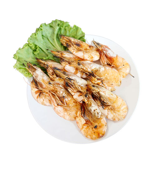 กุ้งอบเกลือ CASSEROLED PRAWN WITH SALT . Thai sea food. Food Studio Shot Food And Drink White Background Freshness Ready-to-eat Indoors  Still Life Wellbeing Healthy Eating Close-up No People High Angle View Plate Serving Size Directly Above Temptation Seafood Thailand Thai Thai Style Thai Food Garlic Isolated Isolated White Background Isolated On White Discover Your City Dish White Dish Cut Out Meal Shrimp - Seafood Steamed  Dinner CASSEROLED PRAWN WITH SALT PRAWN WITH SALT Prawn Salt Sea