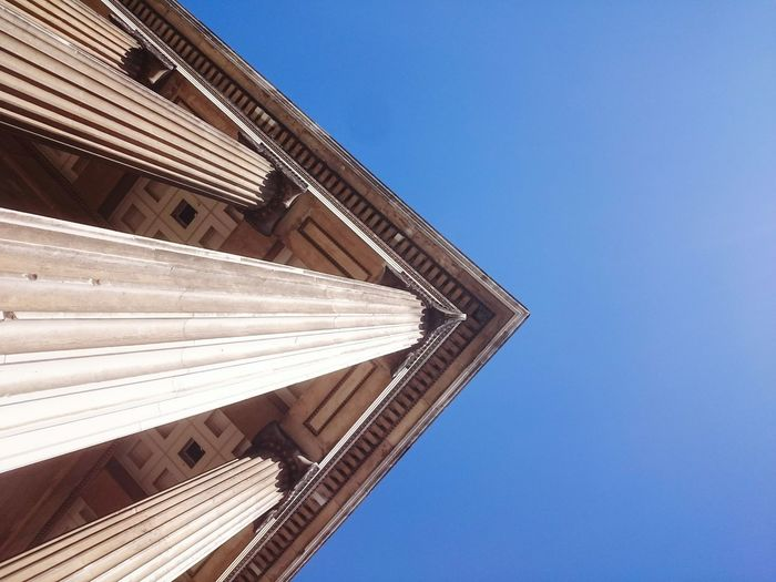 Blue Color Blue Sky Traveling Travel Photography Shapes And Forms Architecture_collection Old Buildings British Museum London Shapes , Lines , Forms & Composition Vacation Travel Destinations City Life Walking Around The City